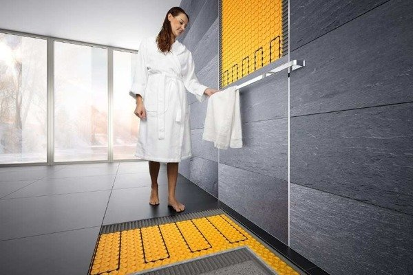 Adjustable rail for towels to be used with concealed heater Catido Schluter Black Matte